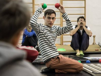 Functional Juggling Workshop s Craigem Quatem