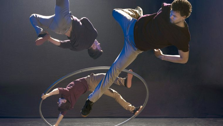 Barely Methodical Troupe: nový cirkus na festivalu KoresponDance